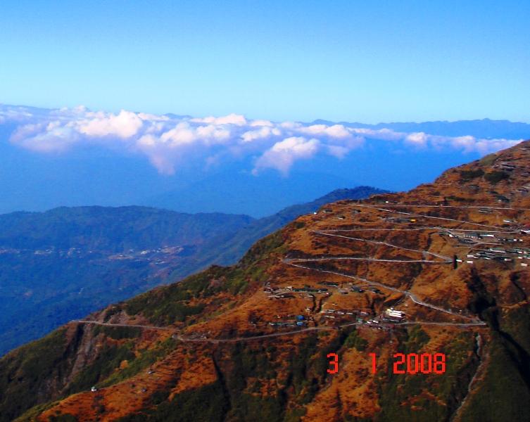 Roads on the way to Nathu la pass