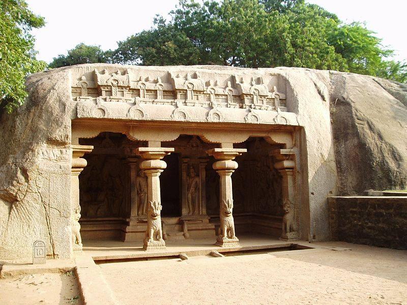 Mahabalipuram vraha cave