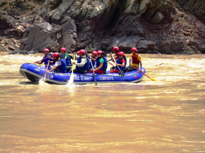 Rafting in cold ganga