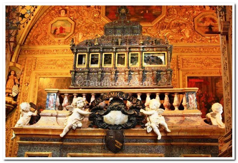 St. Fransis Xavier Body preserved, Goa