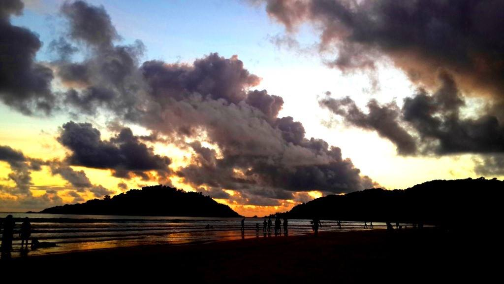 Sunset in Goa, Beach, hill and clouds
