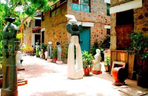 Cholamandalam-artists-village-ECR-Chennai