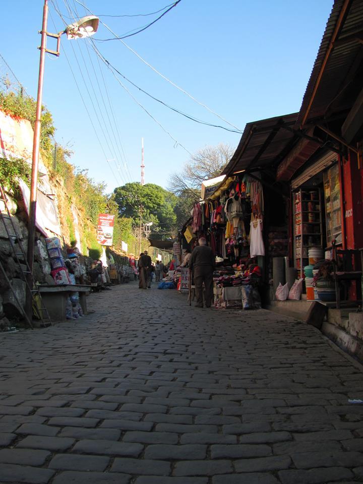 Kasauli market