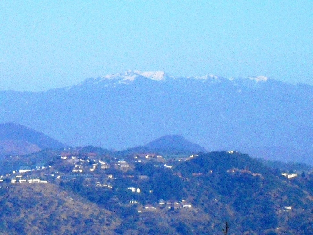 Snow capped-peaks of Himlayas from Kasauli