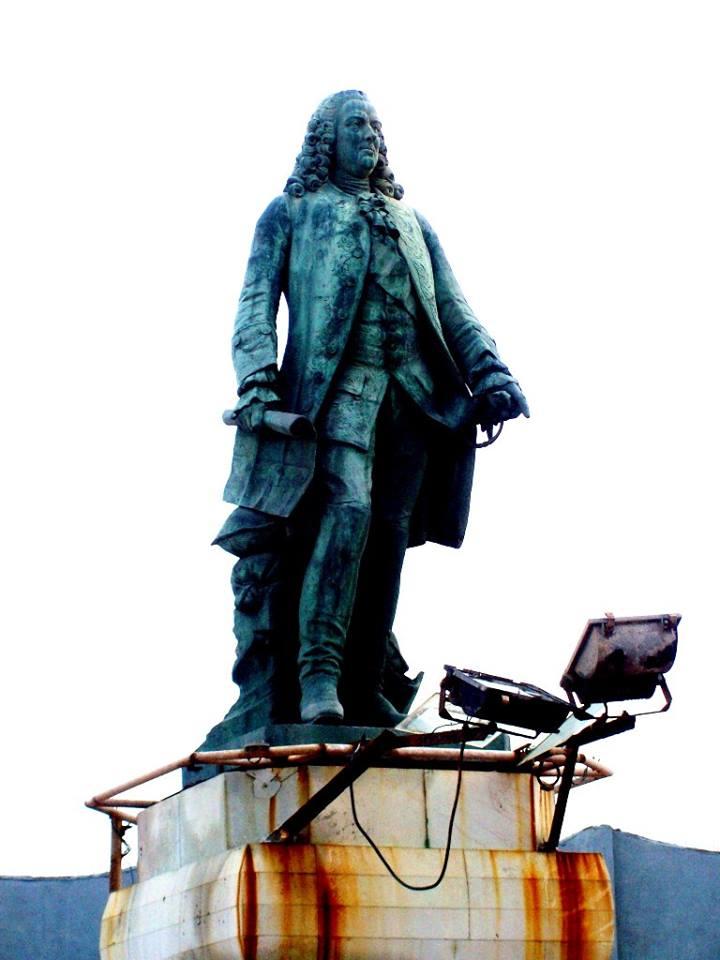 Another statue at Promenade beach, Pondicherry