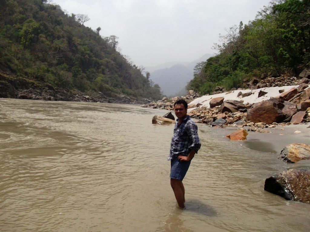 Ganga and white sands near Brahmpuri