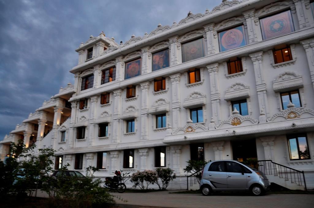 Isckon Chennai floors