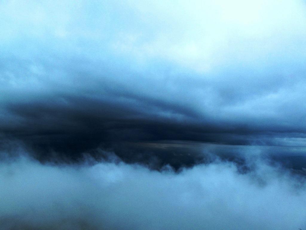 Monsoon clouds on Kumara parvatha trek
