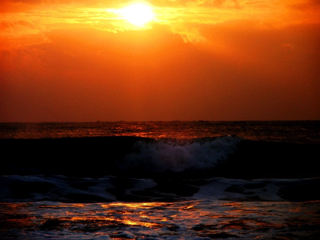 Pondicerry ECR Sunrise Auroville beach