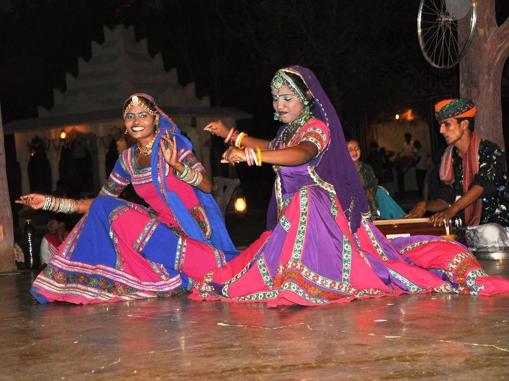 Rajasthani cultural performance at Chokhidhani Chennai