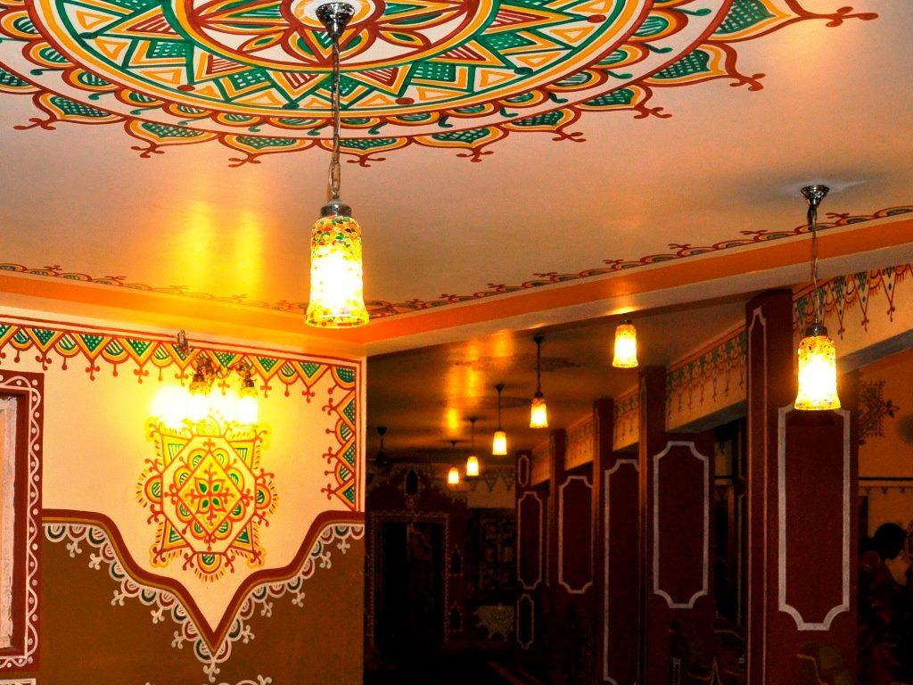 at the entrance of the Sangari (Dining Hall) at Chokhidhaani, Chennai