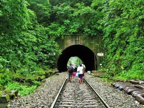 Dudhsagar trek railway tunnels