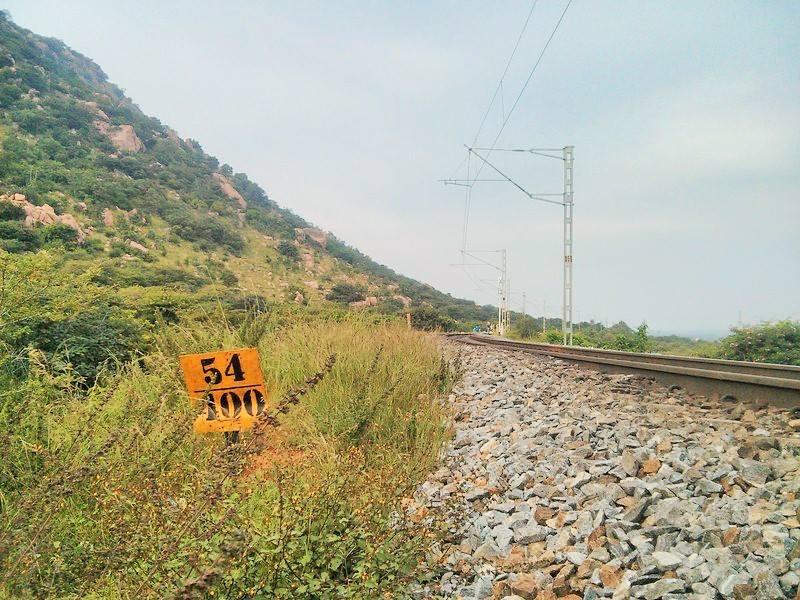 Makalidurga trek railwa track