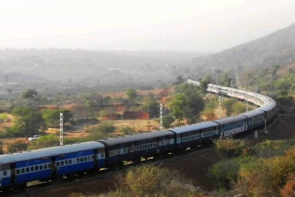 Makalidurga trek trains going