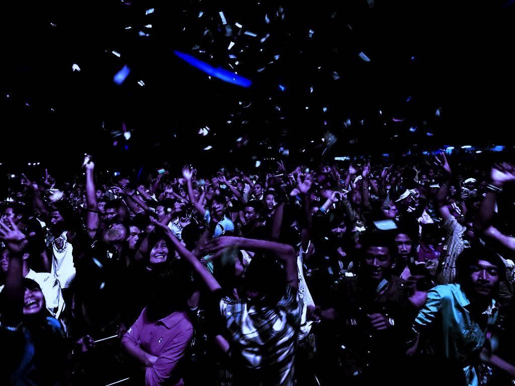 Kolkata new year party 2015