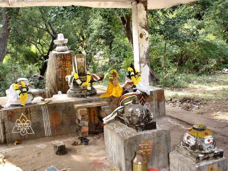 Tada falls Shiva temple, source-Internet