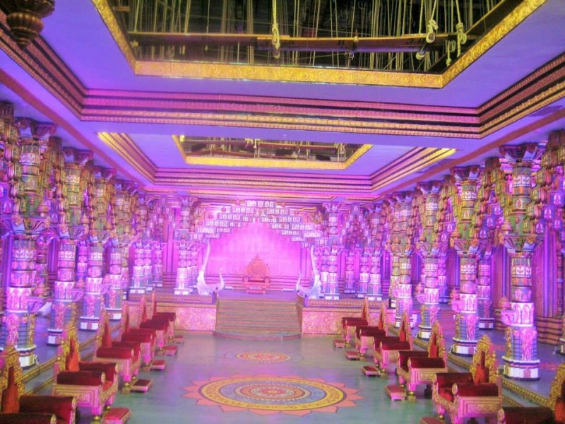 Ramoji film city, a durbar set