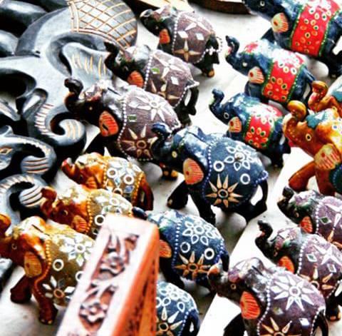 showcase, janpath market