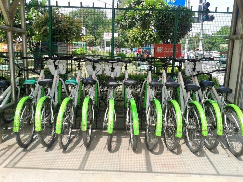 Cycles renting kiosk at Delhi Metro
