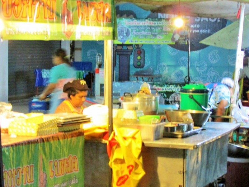 Local street food market, Thailand (9)