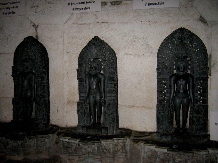 jain teerthankars at shravanabelagola