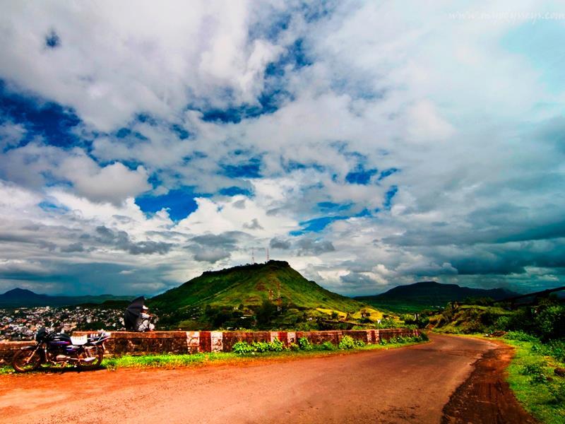 Ajinkyatara fort