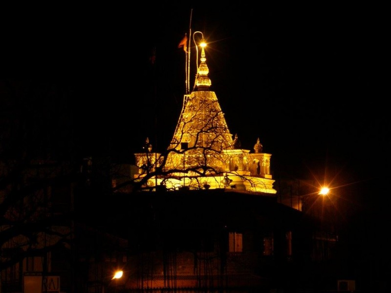 shirdi temple at night