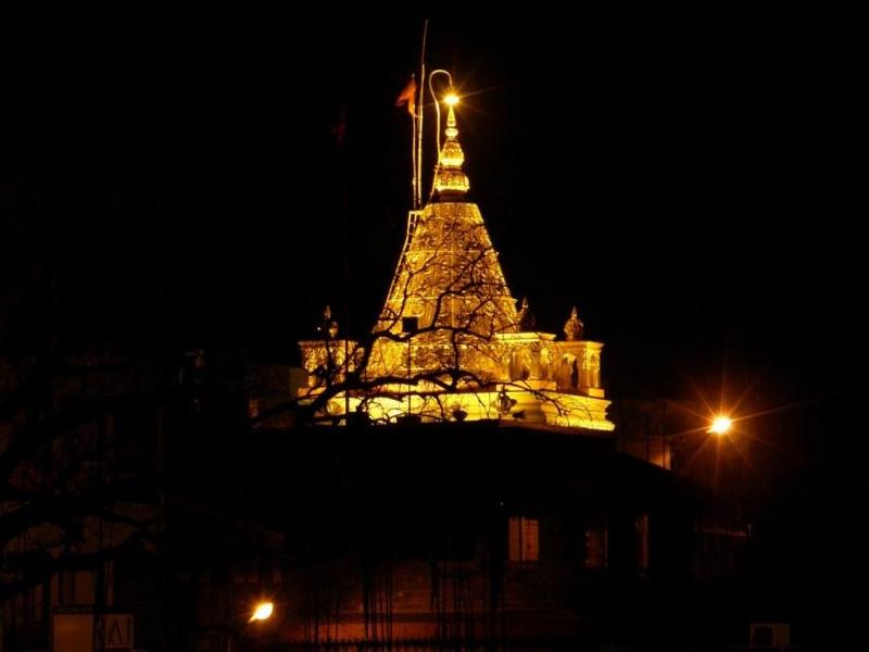 shirdi temple at night