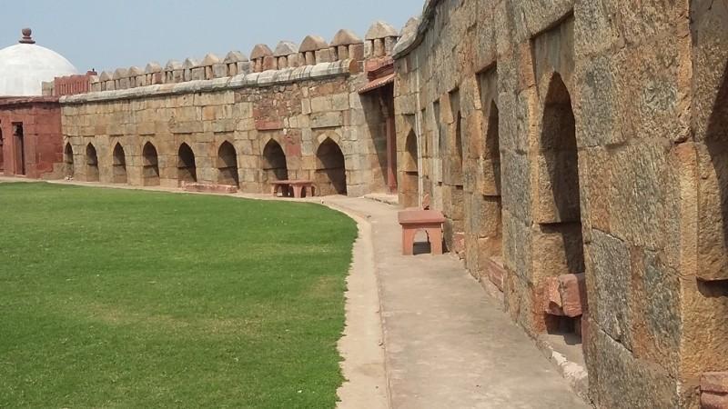 Tughlaqabad fort premises