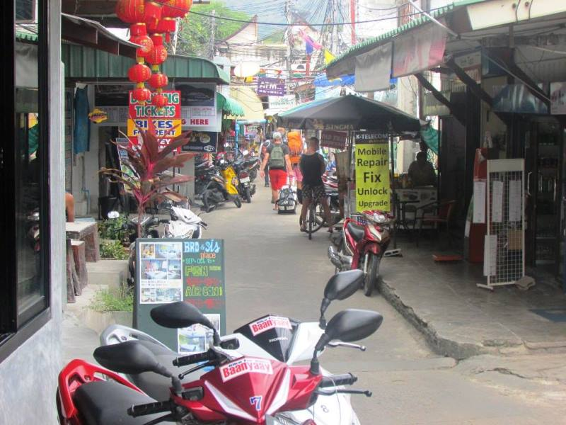 A vehicle renting shop in Koh tao