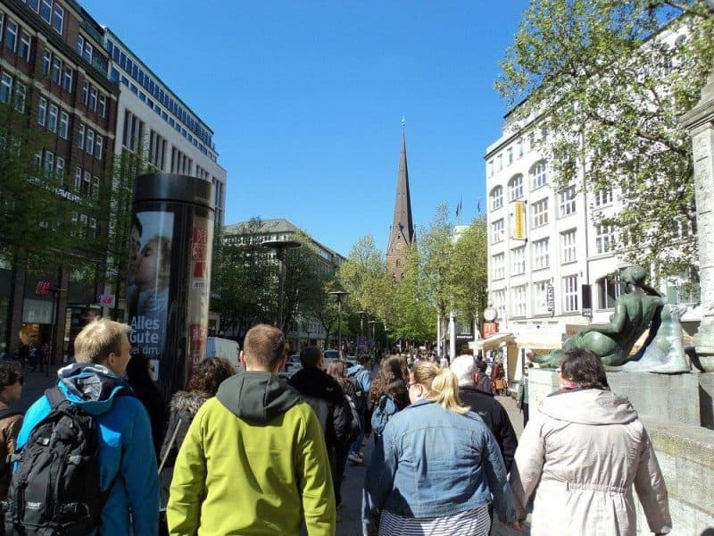 Mönckebergstraße (Main shopping street) of Hamburg (1)