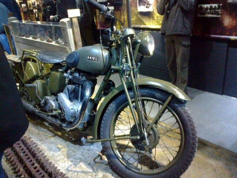 https://trekkerpedia.com/wp-content/uploads/2016/09/A-Second-world-war-Motorbike-in-rising-museum-Poznan.jpg