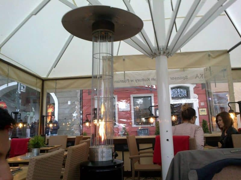 heater-in-one-of-the-cafes-in-old-town-square-of-poznan