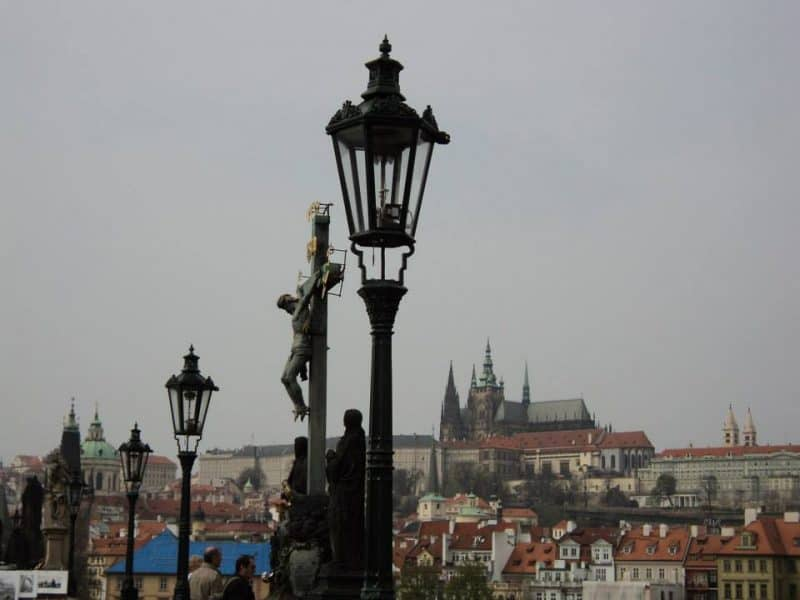cruxification-of-jesus-statue-on-charles-bridge-in-prague