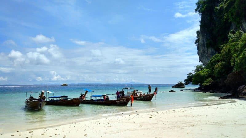long-tail-boats-on-monkey-beach-phi-phi-island