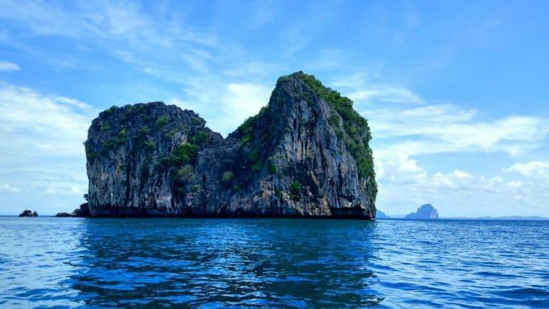 an-island-near-ko-lanta-on-snorkeling-tour