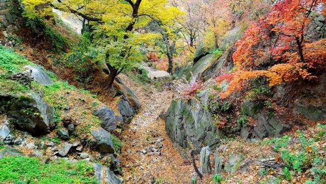 Hiking in Bukhansan National Park (3)