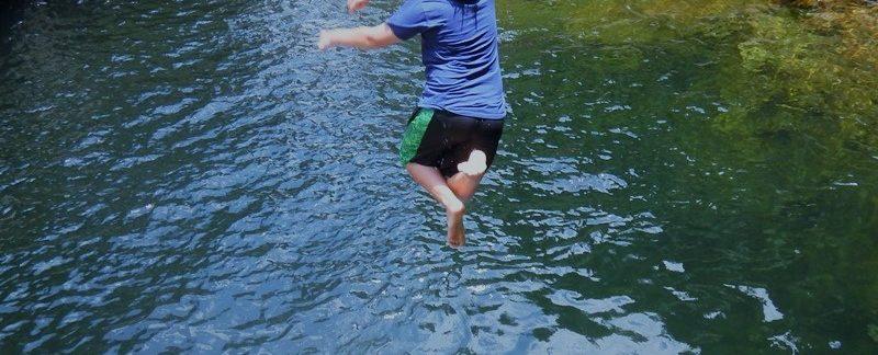 kid-jumping-into-the-nagalapuram-pool