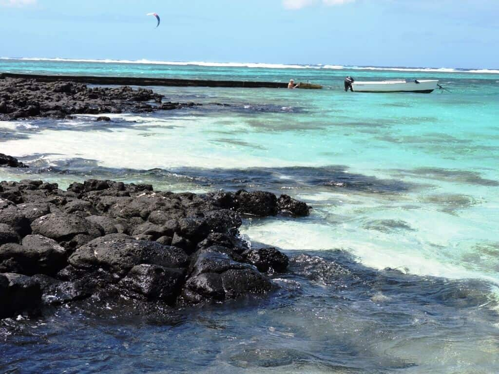Holiday Inn Boat House beach Mauritius