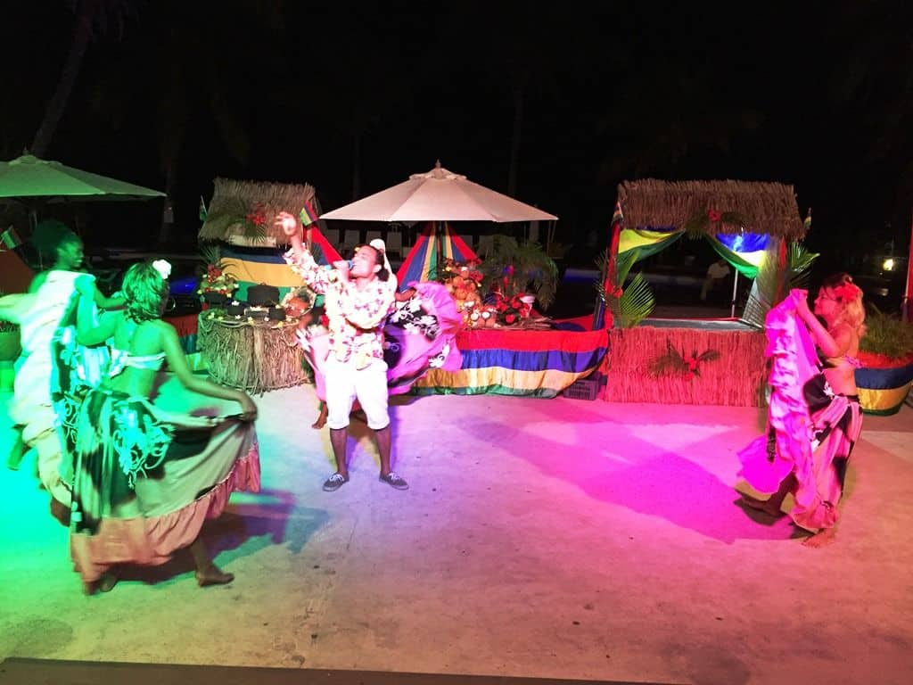 Local Dance at Coral Azur Hotel Mont Choisy
