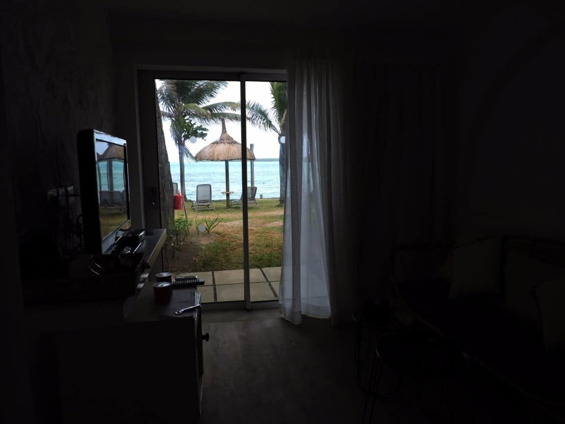 beach as seen from the ground floor room - Tropical attitude hotel