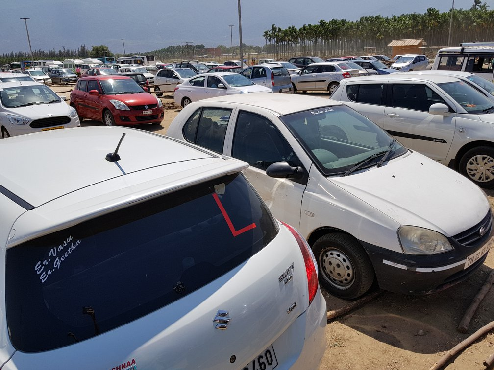 Parking on Weekends at Isha Yoga Center