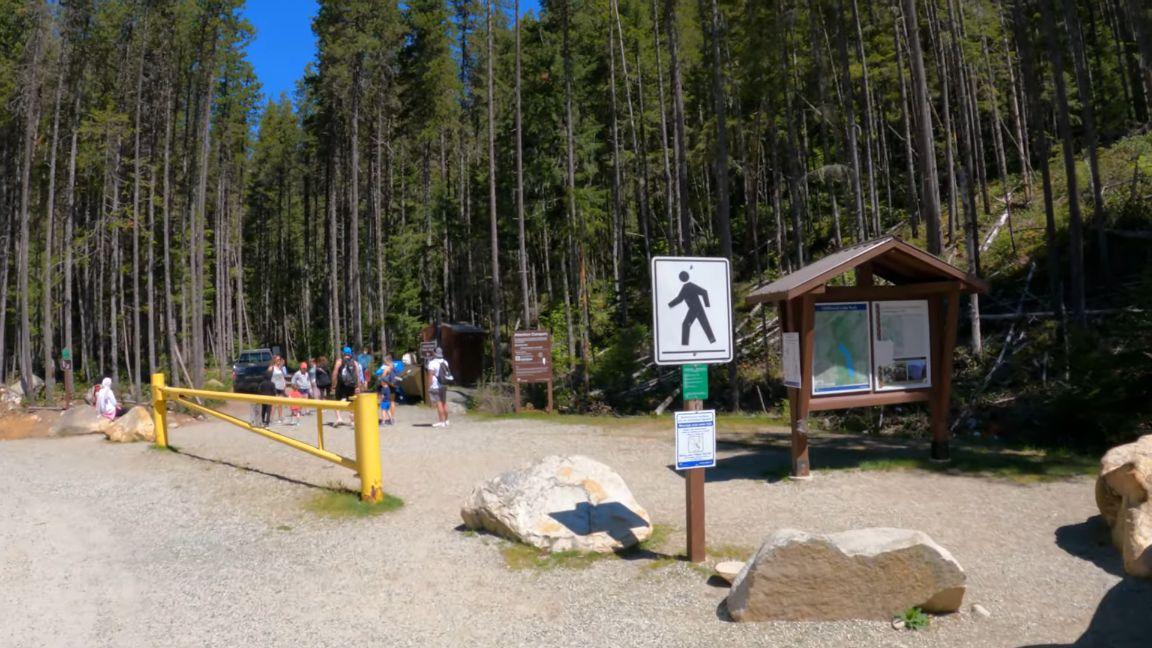 Lindeman-Lake-Trailhead