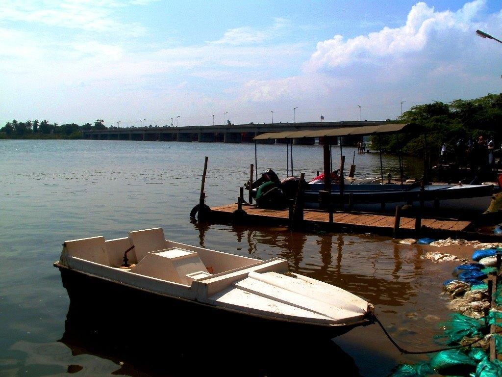 Boats at chunnambar backwaters