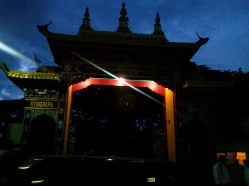 Golden temple gate, bylakuppe