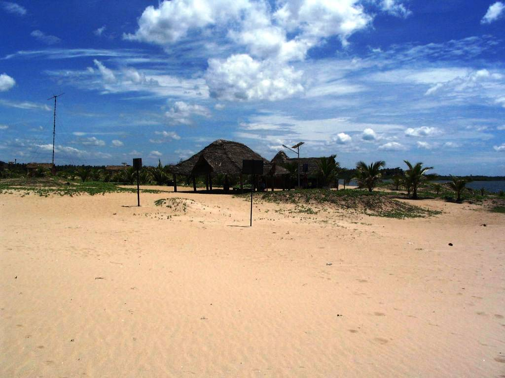 Huts at Paradise beach
