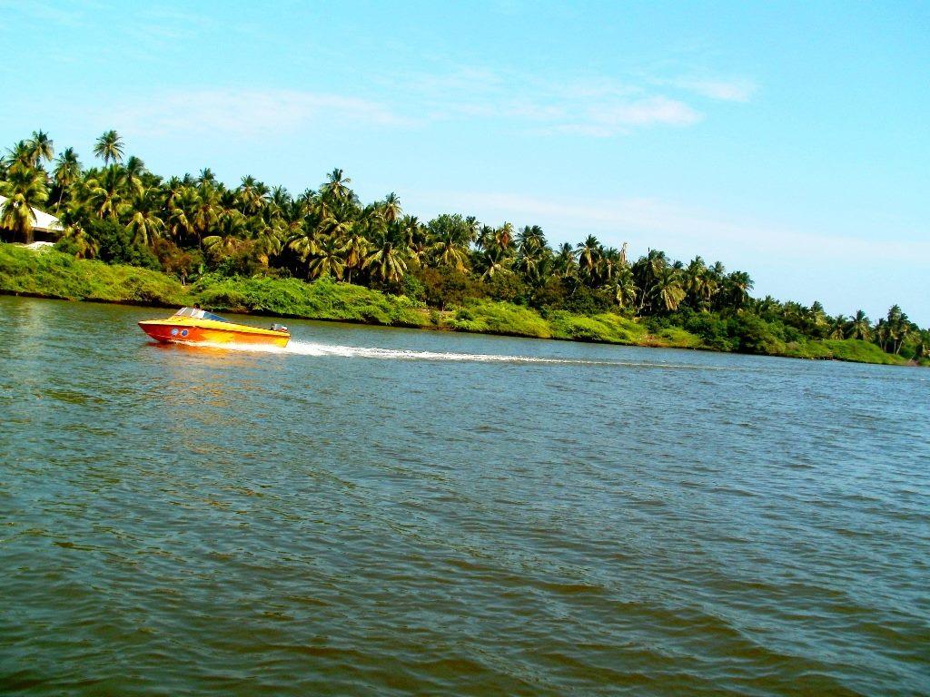 Chunnambar Backwaters