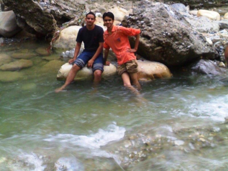 Toss river at Tapkeshwar Mahadev